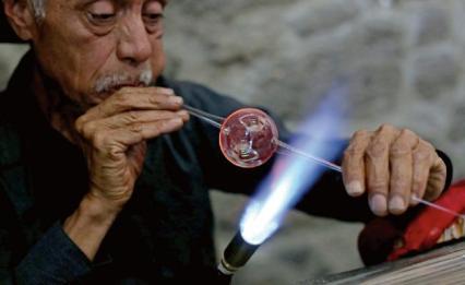 Elaboración de Esferas Navideñas Tlalpujahua